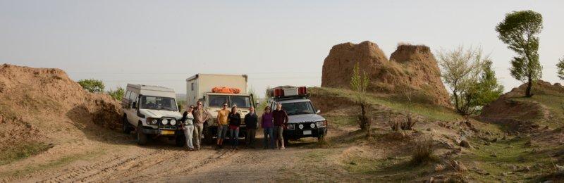 Datong naar Jining - groep met auto's voor Chinese muur