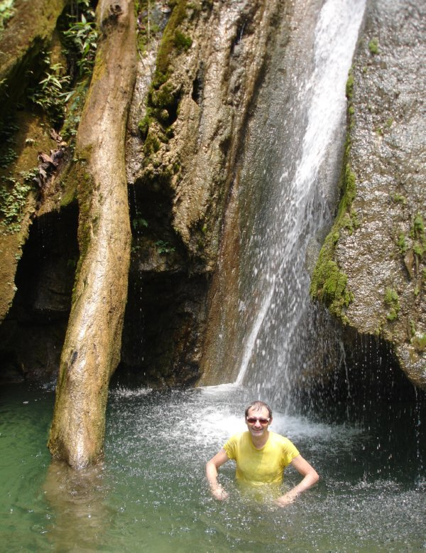 Muang Ngoi Neua - Mork waterval