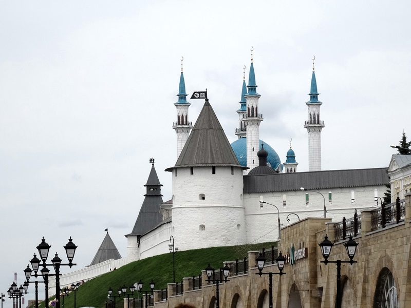 Kazan - kremlin - muur en Kul Sharif Moskee
