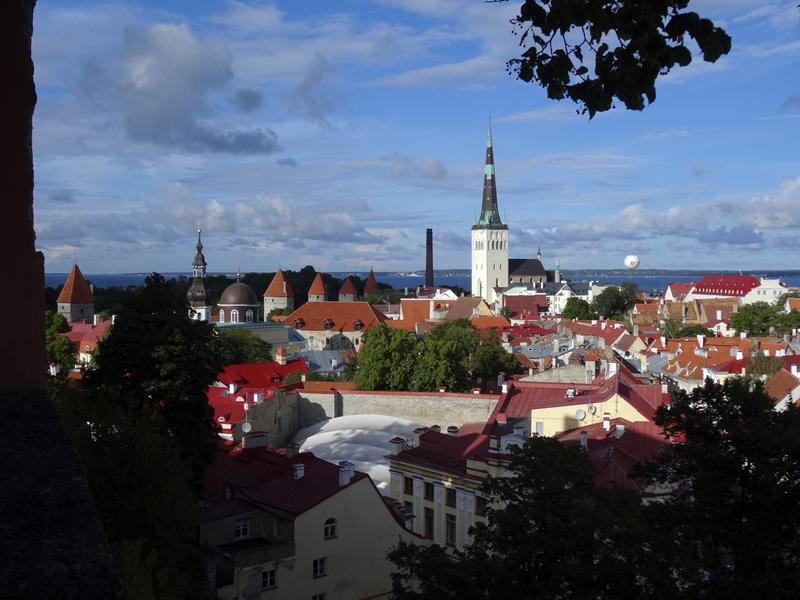 Tallinn - Toompea - uitzicht over oude stad